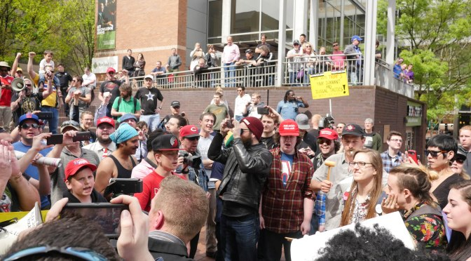 Protesters Confront Portland State Students for Trump [VIDEO]