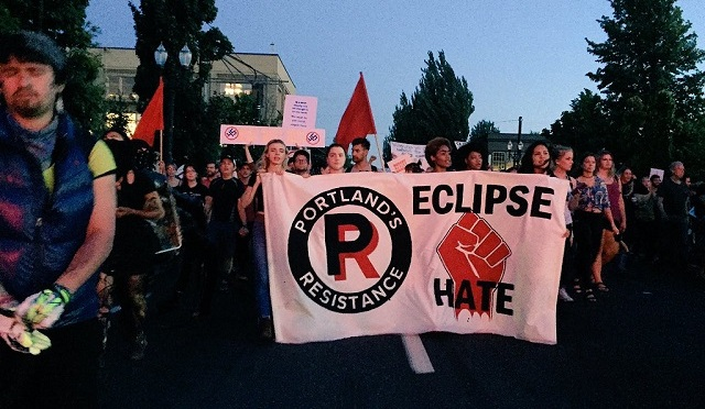 'Eclipse Hate: Solidarity with Charlottesville' March & Rally, Portland [VIDEO]