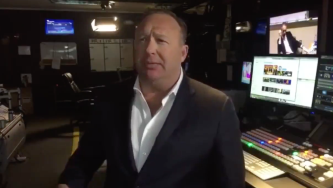 Alex Jones Goes Full Alt Right Talking About 'Race Science' and 'Jewish Power'